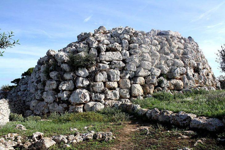 Talayots de Binicodrell de Darrera: Características y funciones