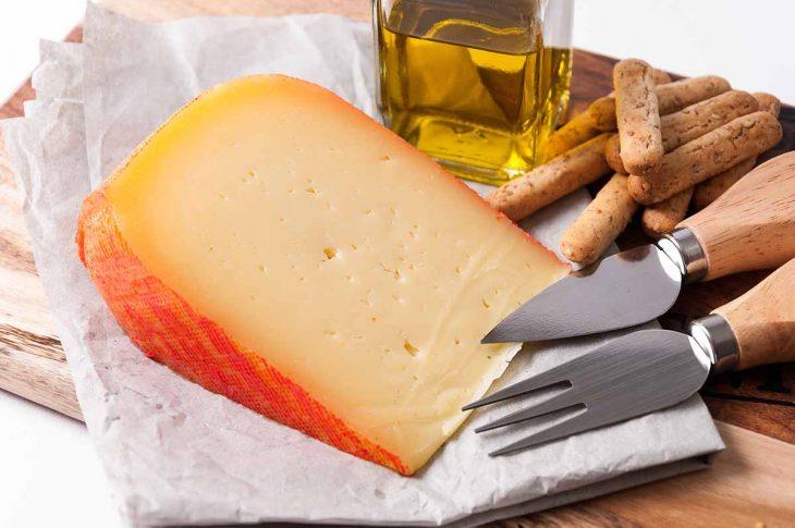 Producto típico de Menorca: Queso de Mahón