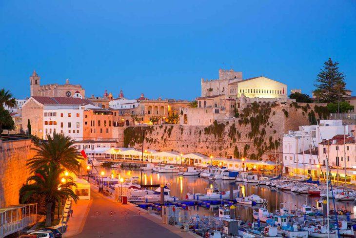 Qué ver en Ciutadella: su pequeño puerto natural